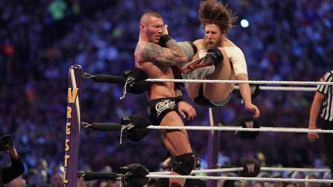 Daniel Bryan (r.) entthronte bei WrestleMania 30 im Jahr 2014 Randy Orton als Champion