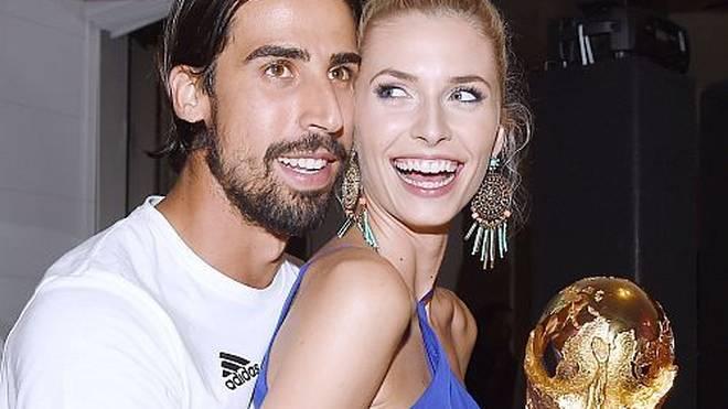 Sami Khedira kann seine Lena Gercke bald wieder in den Armen halten.