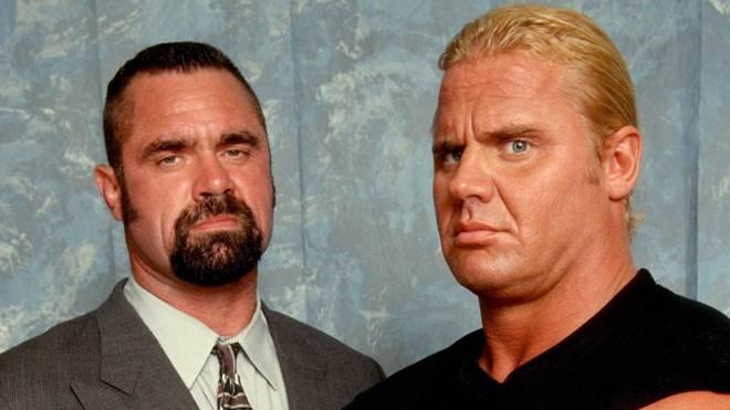 Rick Rude und Curt Hennig als Teil der nWo bei WCW