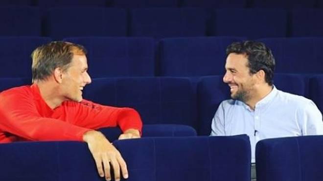 Raphael Domenach (r.) im Gespräch mit PSG-Trainer Thomas Tuchel