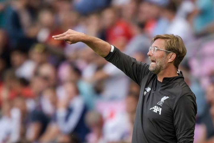 Das Transferfenster der Premier League ist bereits geschlossen, aber die englischen Topklubs dürfen noch darauf hoffen, Kasse zu machen, bevor das europäische Transferfenster am 2. September schließt. Fünf der sechs besten Klubs der Premier League, mit Ausnahme von Manchester City, haben Stars in ihren Reihen, die noch verkauft werden könnten
