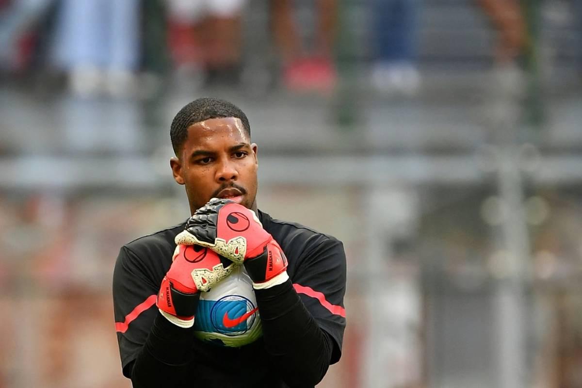 Die Polizei identifiziert einen Tatverdächtigen nach den rassistischen Äußerungen gegen AC Mailands Torhüter Mike Maignan in Turin.
