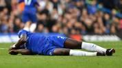 Antonio Rüdiger muss in der Partie des FC Chelsea in Wolverhampton verletzt ausgewechselt werden (Archivfoto)