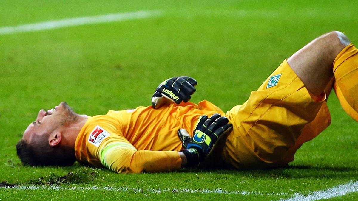 Raphael Wolf Torhüter SV Werder Bremen Verletzung