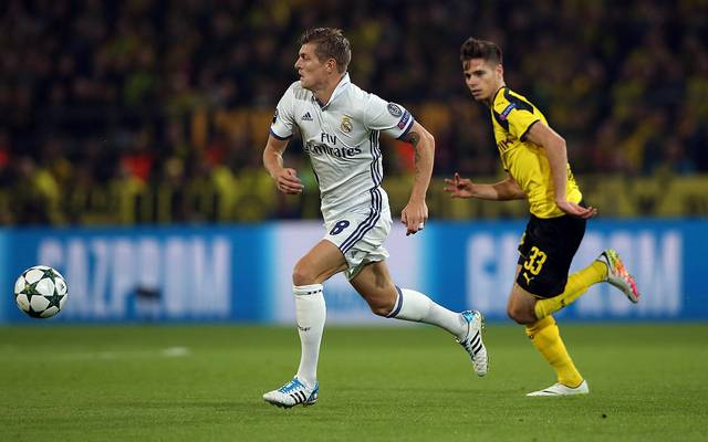 Toni Kroos von Real Madrid und Julian Weigl vom BVB