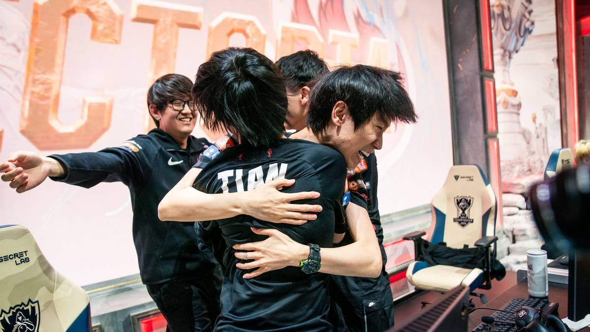 FPX besiegt G2 3:0 im Finale und ist der zweite Chinesische Weltmeister in League of Legends.