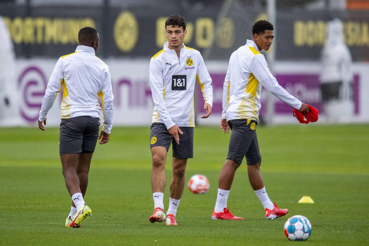Borussia Dortmund muss wohl länger als erhofft auf einen Offensivspieler verzichten. Das Verletzungspech bleibt dem Klub treu.