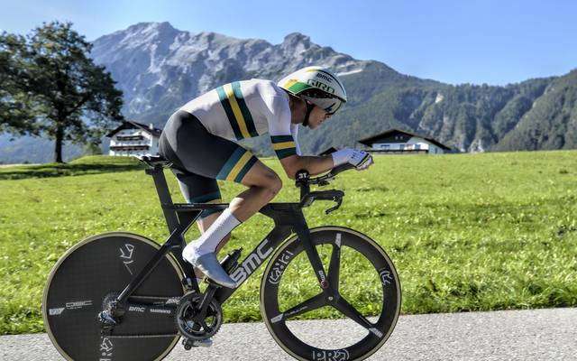 Rohan Dennis of Australia competes to win the Men's Individual Time Trial (ITT) road race between Rattenberg and Innsbruck during the UCI Cycling Road World Championships on September 26, 2018 in Austria. (Photo by HERBERT NEUBAUER / APA / AFP) / Austria OUT        (Photo credit should read HERBERT NEUBAUER/AFP via Getty Images)