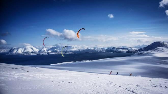 Mit Schirm, Charme und Ski in Norwegen