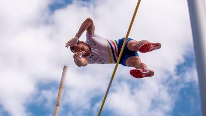 Selbst fliegen ist kaum schöner: Renaud Lavillenie beim Stabhochsprung