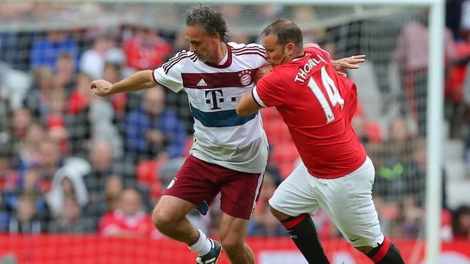In den letzten Jahren lief Thornley (r., hier gegen den FC Bayern) immer wieder für die United-Legenden auf