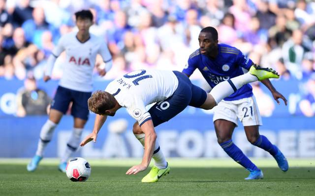 Ein Tor des Willens: Harry Kane trifft im Fallen zur Führung für Tottenham Hotspur