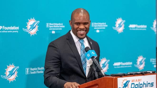 Brian Flores ist neuer Headcoach bei den Miami Dolphins