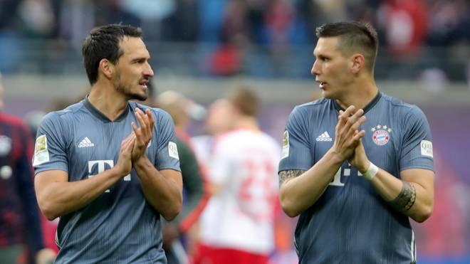 Mats Hummels (l.) und Niklas Süle laufen in der kommenden Saison für verschiedene Teams auf