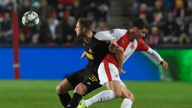 Der Video-Referee greift bei Slavia Prag gegen Inter Mailand maßgeblich ein