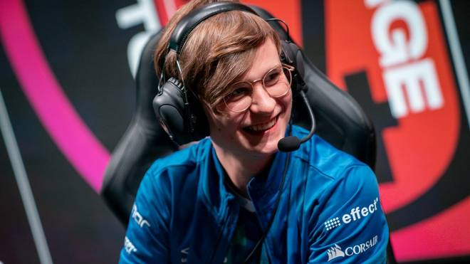 "League of Legends: Star-Botlaner Elias ""Upset"" Lipp verlässt Schalke 04"