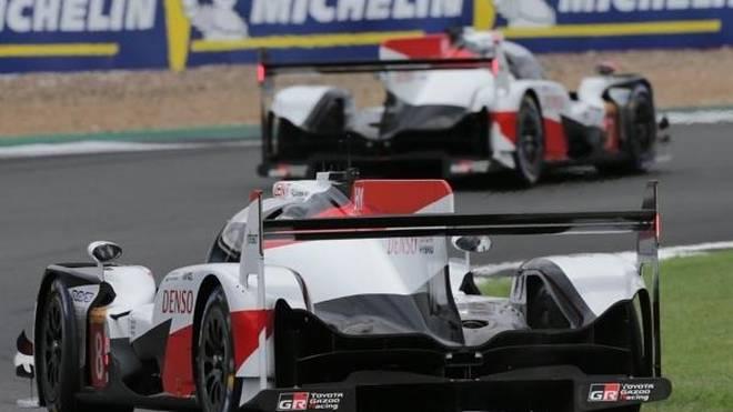 Der Hattrick von Alonso/Buemi/Nakajima ist jäh durchkreuzt worden
