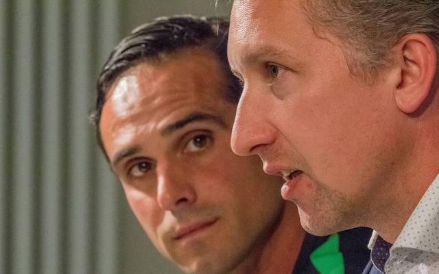 Alexander Nouri (l.) steht bei Werder Bremen in der Kritik