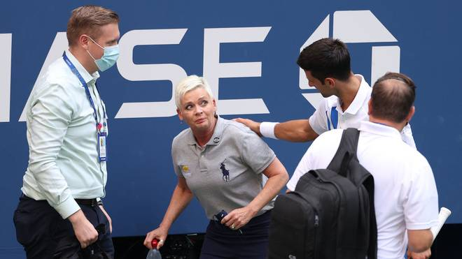 Novak Djokovic entschuldigt sich, an seinem Ausschluss ändert sich nichts