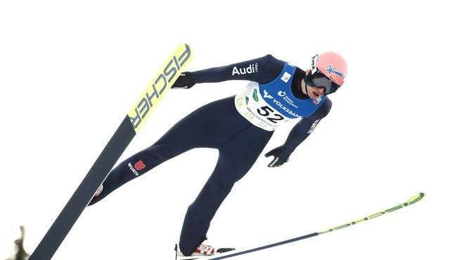 Karl Geiger feiert in Rasnov einen Sieg