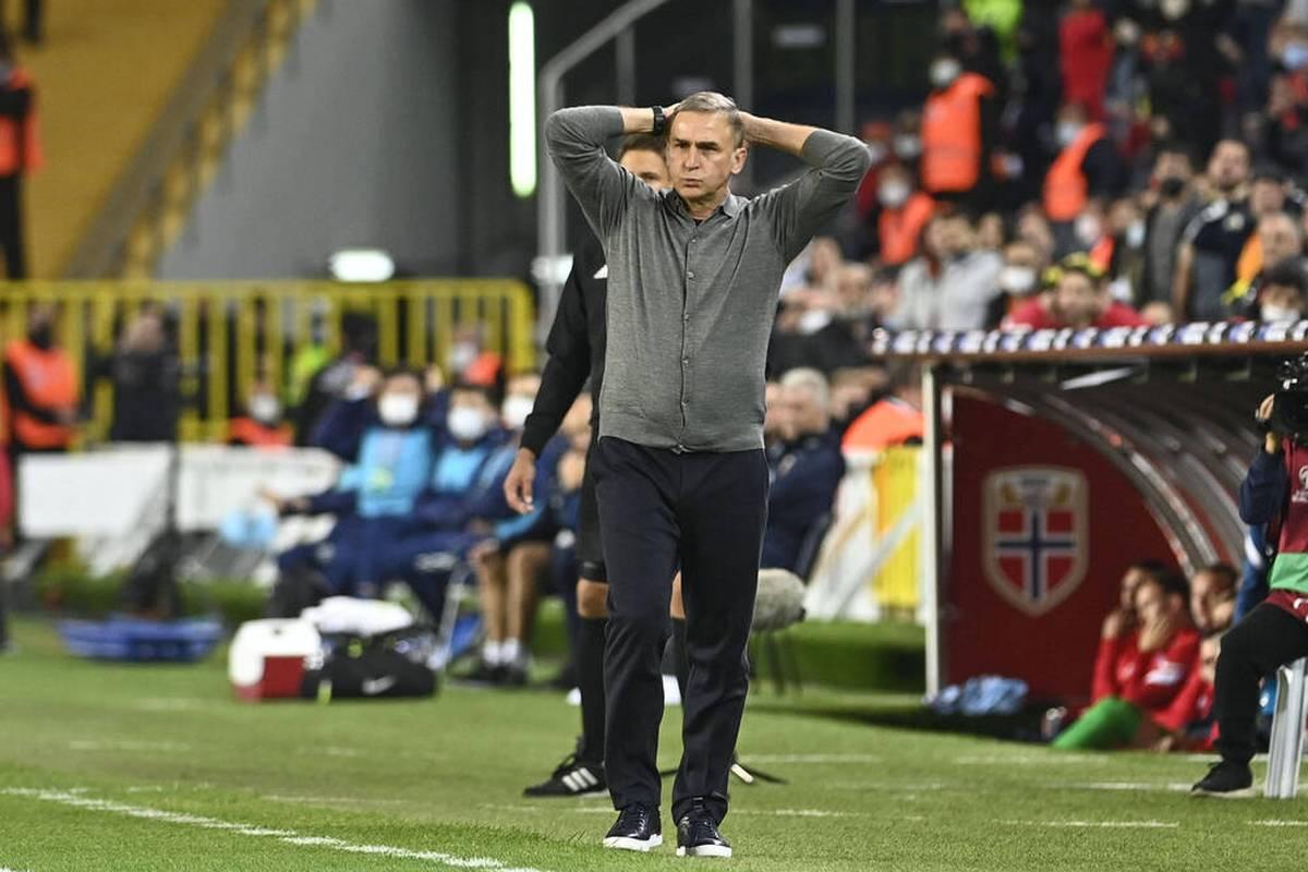 Stefan Kuntz verpasst bei seinem Debüt als Trainer der türkischen Nationalmannschaft einen Sieg. Die Niederlande werden ihrer Favoritenrolle gerecht.