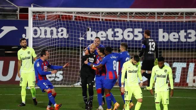 Eibar-Torhüter Marko Dmitrovic brachte seinen Klub per Elfmeter gegen Atlético Madrid in Führung