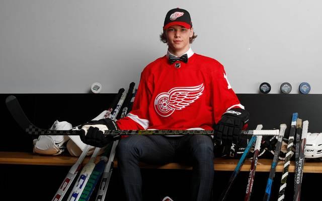 Moritz Seider wird zunächst nicht in der NHL auflaufen