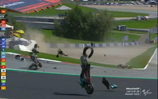 In der Moto GP kam es zu einem schweren Unfall