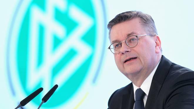 Vorwürfe gegen DFB-Präsident Reinhard Grindel: Keine außerordentliche DFB-Präsidiumssitzung, DFB-Präsident Reinhard Grindel steht in der Kritik