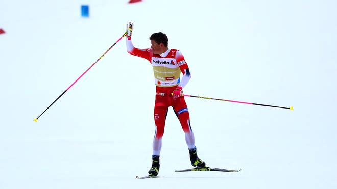 Johannes Hoesflot Kläbo machte den Sieg von Norwegen in der Staffel perfekt