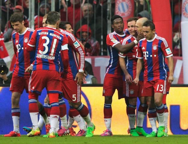 Den vierthöchsten Sieg seiner Vereinsgeschichte landete der FC Bayern mit dem 8:0 gegen den bemitleidenswerten Hamburger SV. Die Konsequenz des Kantersiegs: Sechs Akteure in der SPORT1-Elf des 21. Spieltags sind Münchner.