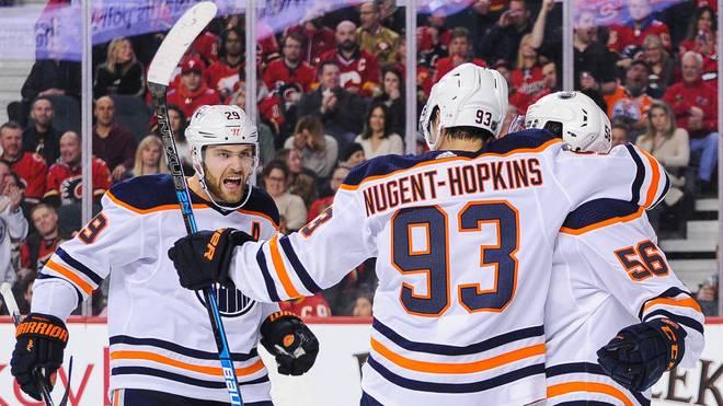 Leon Draisaitl (l.) und die Oilers haben Grund zur Freude