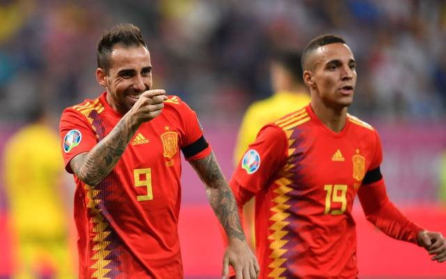 Paco Alcácer von Borussia Dortmund erzielte das 2:0 für Spanien