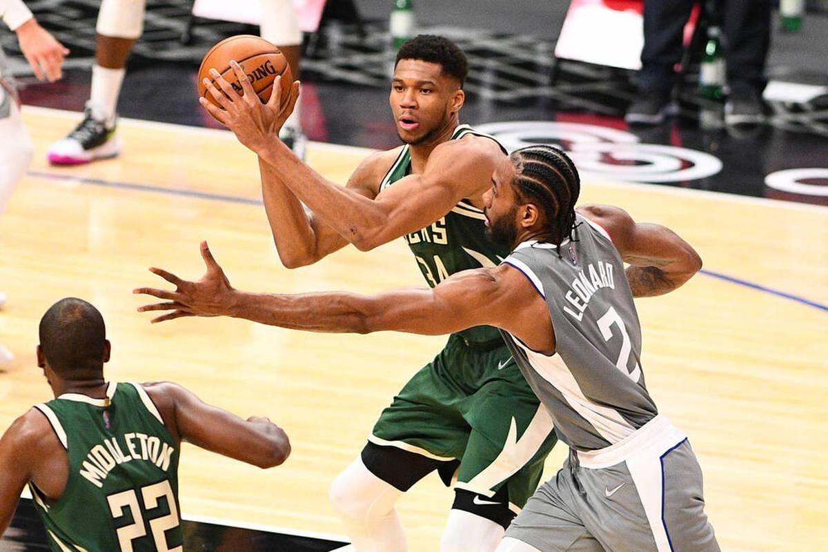 Die Bucks feiern dank eines herausragenden Antetokoumpo einen optimalen Start in die neue Saison. Die neu zusammenLakers verlieren, Russell Westbrook erlebt einen bitteren Tag.