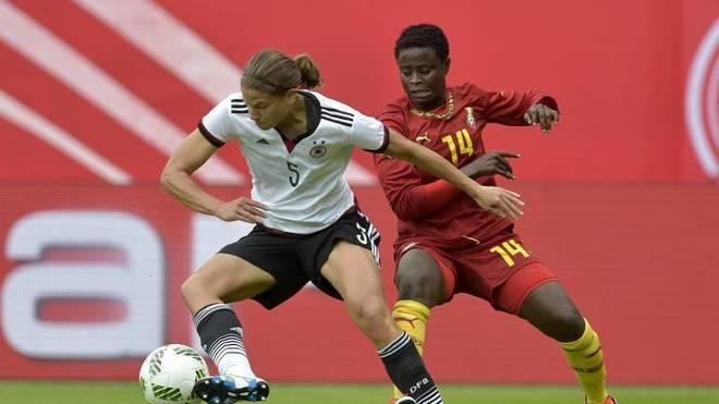 Soll den Frauenfußball beim BVB Schwung verleihen: die frühere Weltmeisterin und Olympiasiegerin Annike Krahn