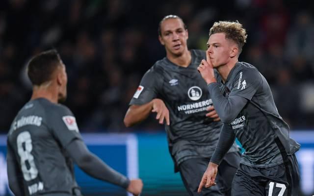 Der 1. FC Nürnberg schlägt den SV Sandhausen