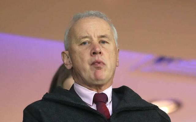 Der Mann hinter den großen Plänen: Rick Parry. Er ist der Boss der English Football League (EFL).