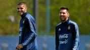 Wie gut verstehen sich Mauro Icardi (l.) und Lionel Messi?