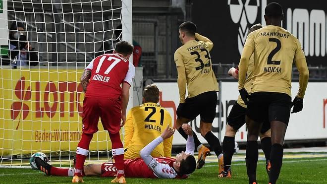 Freiburg und Frankfurt treffen sich unentschieden