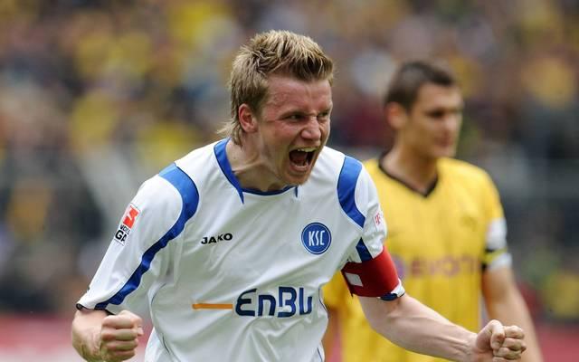 Maik Franz spielte für Wolfsburg, den KSC (Bild), Frankfurt und Hertha in der Bundesliga