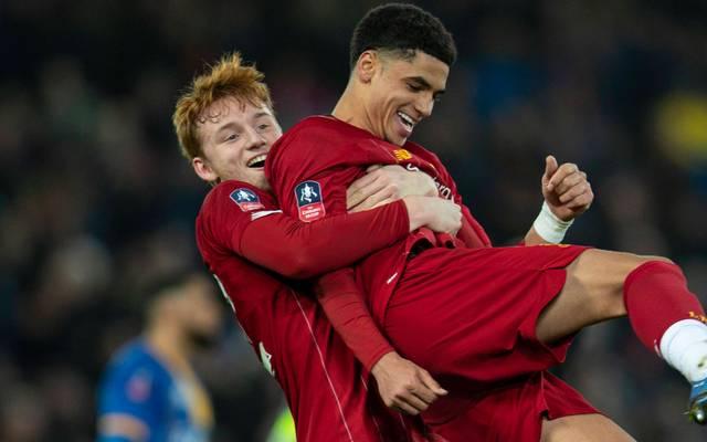 Sepp van den Berg (l.) und Ki-Jana Hoever sind nur zwei von Liverpools Top-Talenten