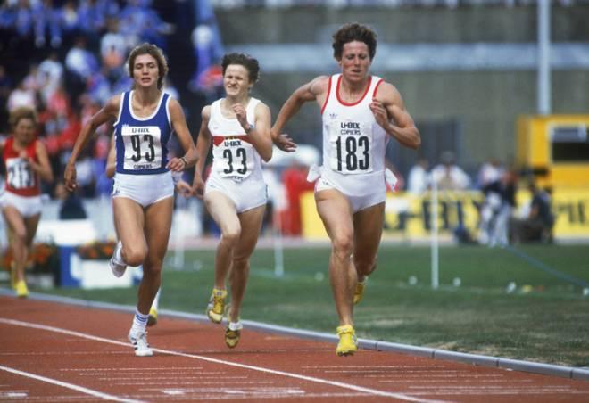 Jarmila Kratochvílová (vorne) stellte 1983 den bis heute gültigen Weltrekord über die 800 Meter bei den Damen auf
