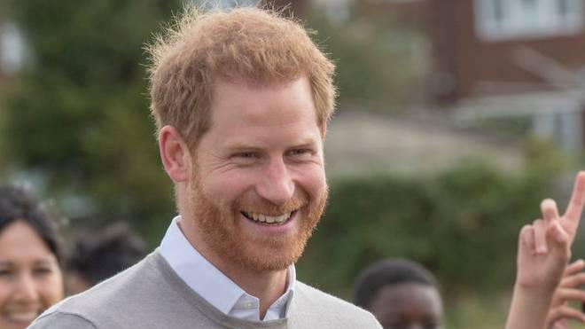 Prinz Harry unterstützt die englische Rugby-Nationalmannschaft im WM-Finale
