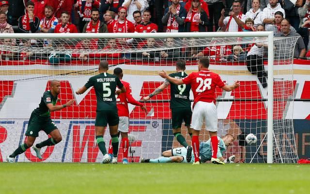 Marcel Tisserand köpfte den Wolfsburger Siegtreffer