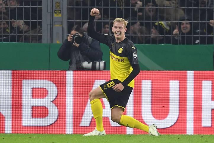 Mit einem Doppelschlag innerhalb von vier Minuten dreht Julian Brandt für den BVB die Pokalpartie gegen Gladbach. SPORT1 zeigt beide Teams in der Einzelkritik