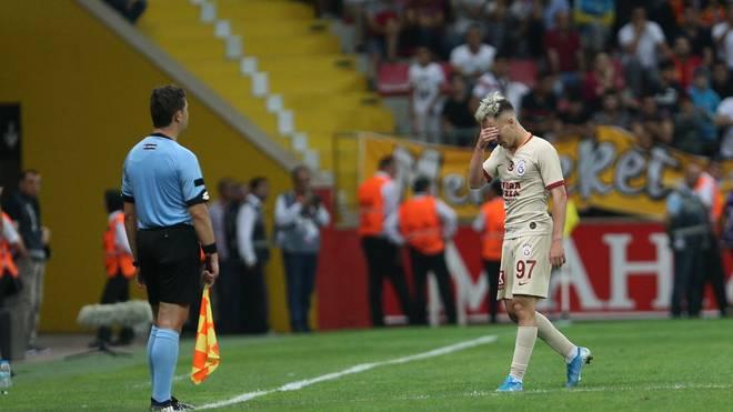 Emre Mor sah für Galatasaray beim Sieg gegen Kayserispor Gelb-Rot