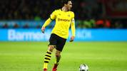 LEVERKUSEN, GERMANY - FEBRUARY 08: Mats Julian Hummels of Borussia Dortmund in action during the Bundesliga match between Bayer 04 Leverkusen and Borussia Dortmund at BayArena on February 08, 2020 in Leverkusen, Germany. (Photo by Dean Mouhtaropoulos/Bongarts/Getty Images)