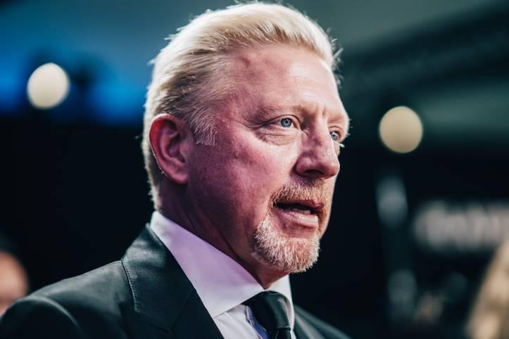Tiefschlag für Boris Becker. Um das ihm anhängige Insolvenzverfahren weiter voran zu treiben, werden in London Trophäen und Erinnerungsstücke der deutschen Tennis-Legende versteigert