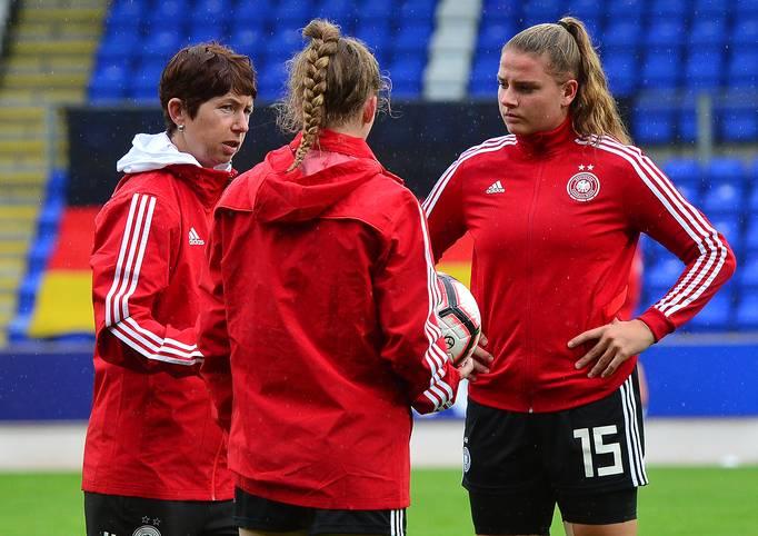 Die deutsche U19-Frauen-Nationalmannschaft kämpft bei der Europameisterschaft 2019 in Schottland um den Finaleinzug und kann weiterhin vom Titel träumen
