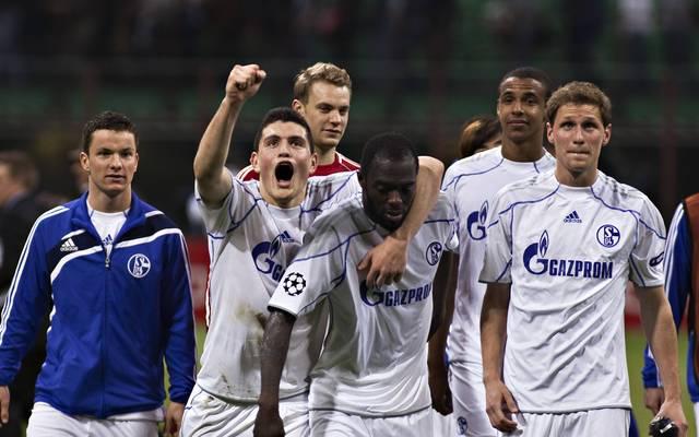 Baumjohann, Papadopoulos, Neuer, Sarpei, Matip und Höwedes (v.l.) - Schalkes Helden von Mailand